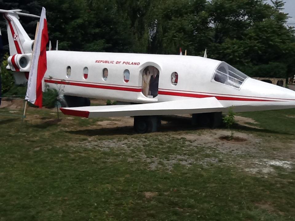 Kałków-pomnik samolot