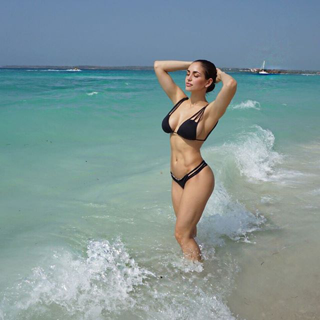 12424521 1678259335790018 1237173543 n Bikini season cant come soon enough (49 Photos)