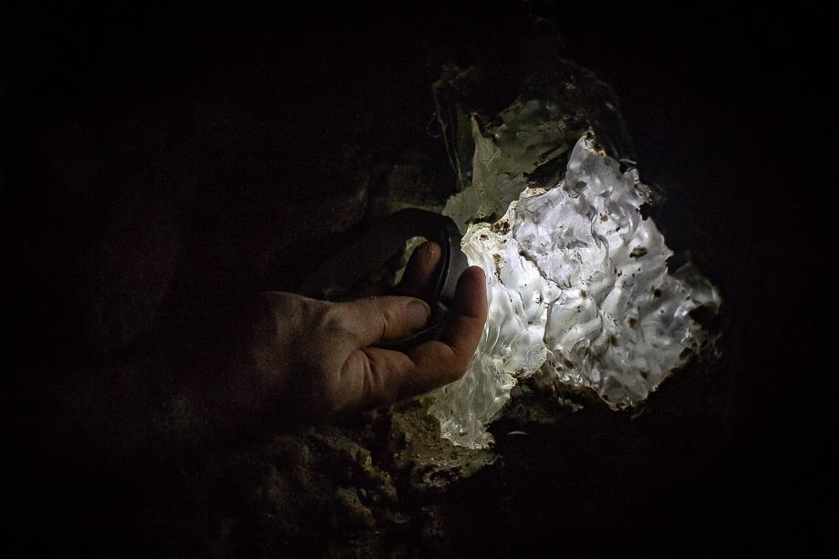 Podróż do wnętrza Ziemi. Zdjęcia z jaskini solnej w Izraelu